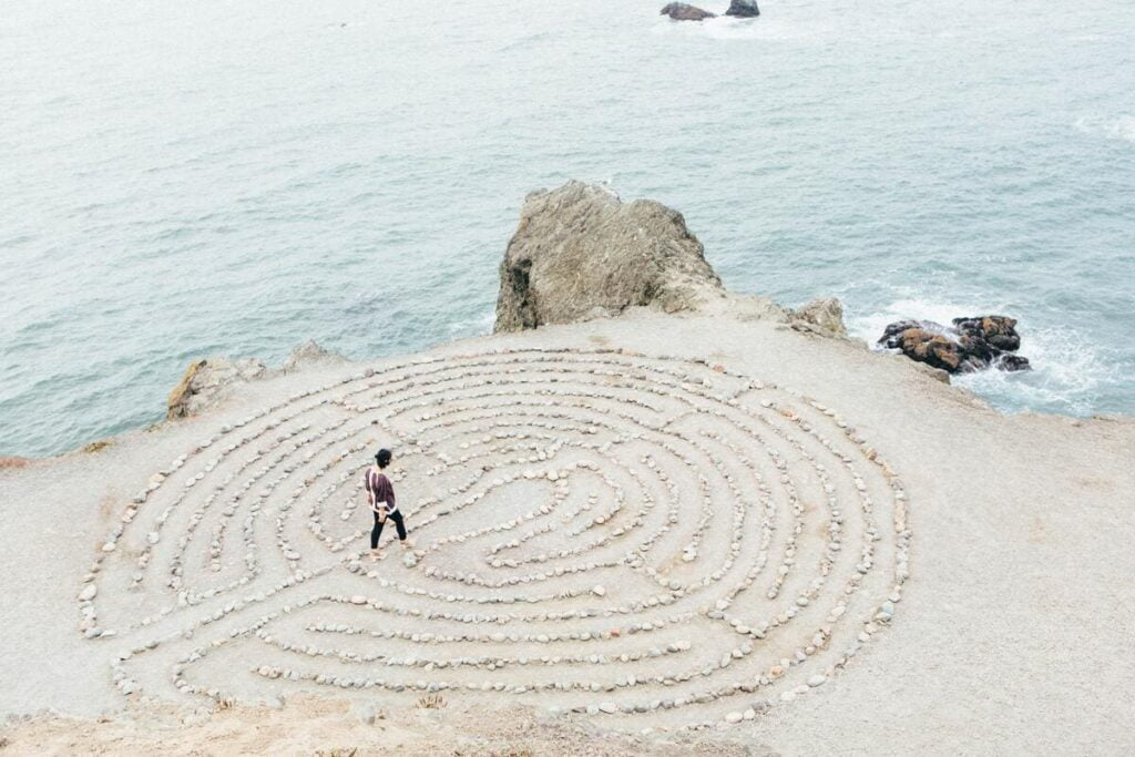 labyrinthe prayana yoga - moments - pratique du yoga