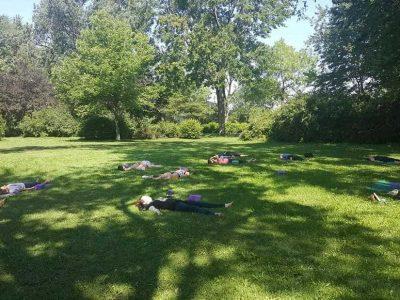 offre de service cours de prayana yoga dans le parc extérieur québec